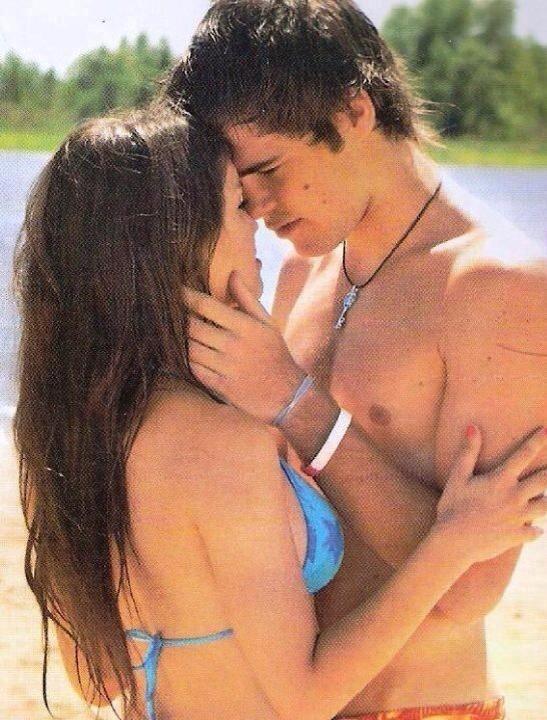 """Mar y Thiago """"Mi pacto con vos esta escrito en las estrellas, es más fuerte que la distancia y el tiempo, es un pacto que vence al destino"""""""
