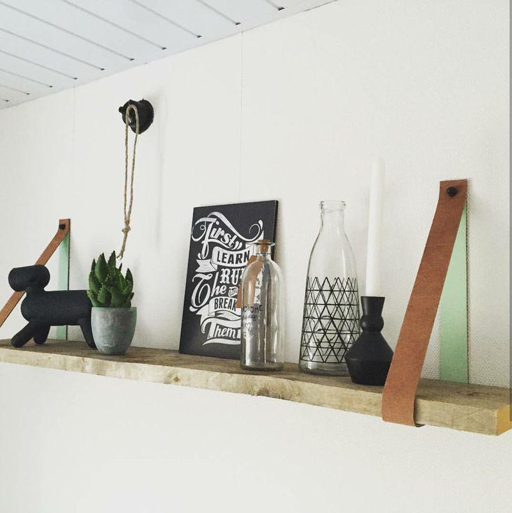 17 beste idee n over tv muur planken op pinterest tv rekken en tv muur decor - Muur plank onder tv ...