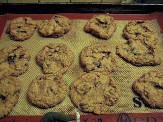 Shredded Wheat Chocolate Chip Cookies. Cookies using the leftover crumbs from Frosted Mini Wheats cereal! YUM!