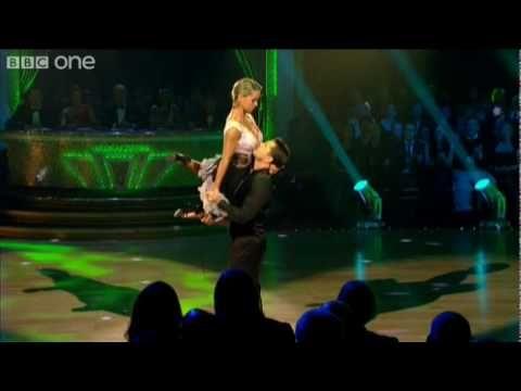 Semi Final: Chris Hollins' Argentine Tango - YouTube