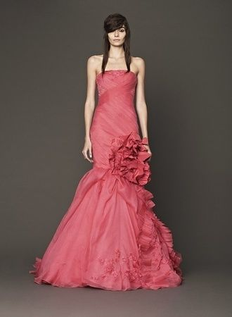 今注目の色♡ヴェラウォンの花嫁衣装♡カラードレスのまとめ一覧♡