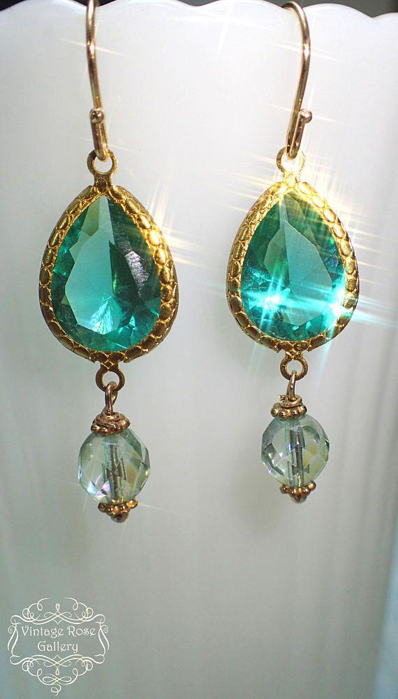 Best 25+ Emerald green earrings ideas on Pinterest | Green ...