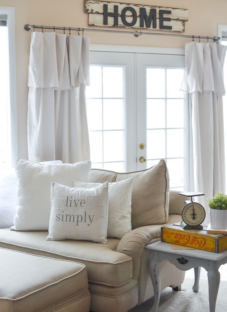 Best 25 farmhouse roller blinds ideas on pinterest - Rustic living room ideas on a budget ...