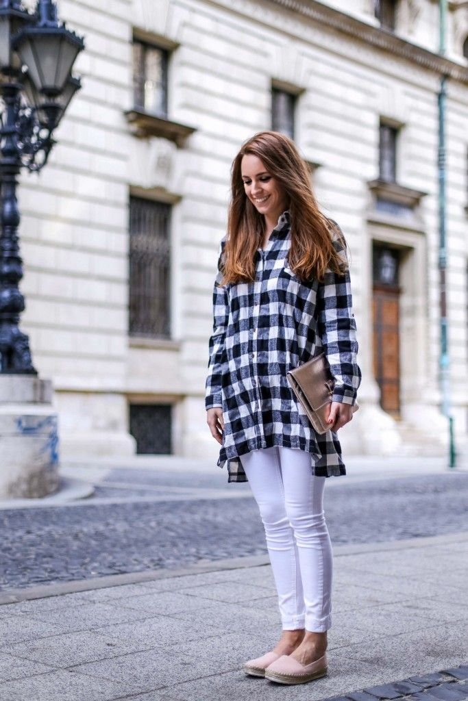 ootd, outfit, sneaker, spring, fashion blogger, fashion, khaki coat, tartain, checked, pregnant style, style, street style