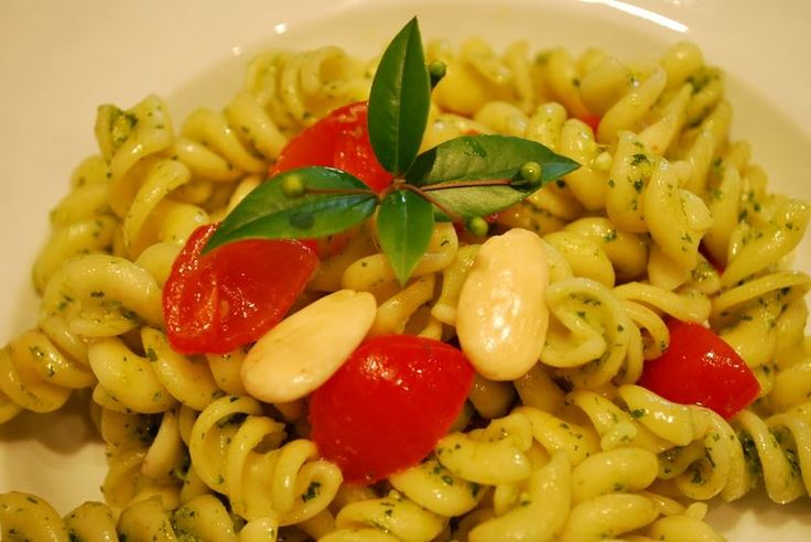 THE BEST - PASTA FREDDA AL PESTO DI RUCOLA E POMODORINI | GourmetDaniela