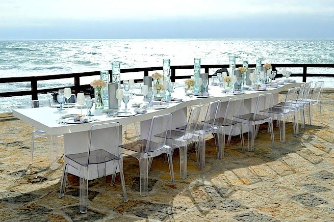 Arriba Cascais, wedding by the sea is the most beautiful and modern wedding venue by the sea! For more information, please email us at: info@lisbonweddingplanner.com