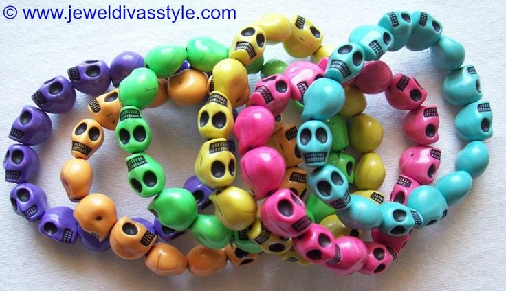 JDS - JEWEL DIVAS SKULL STACK - http://jeweldivasstyle.com/my-personal-collection-grey-silver-and-silver-multi-jewellery/