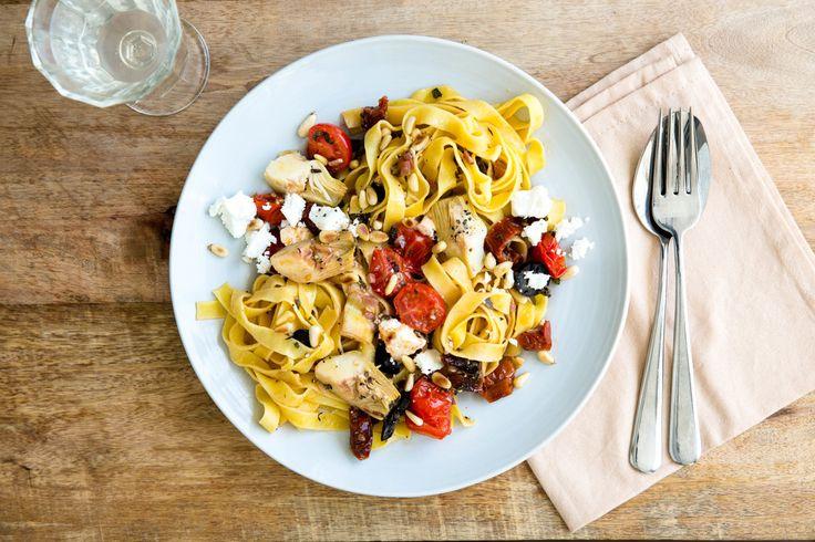 Photo for the dish: Pasta alla Mediterranea met zongedroogde tomaat en artisjok