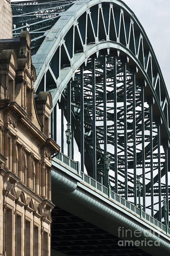 The iconic Tyne Bridge, gateway to the city is often recognised as a symbol of Newcastle. It was completed in 1928 and spans 162 metres with a road deck 26 metres above the river.
