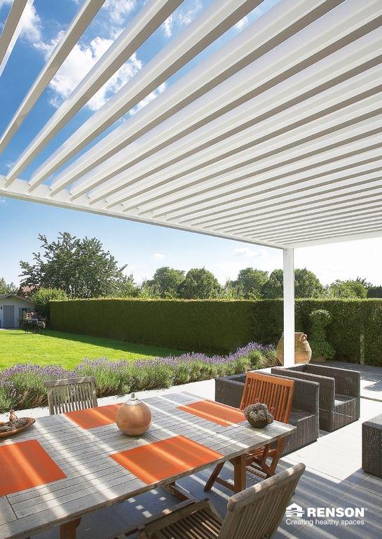 renson camargue terrasoverkapping pergola met lamellen waardoor u ook met regen kunt genieten. Black Bedroom Furniture Sets. Home Design Ideas