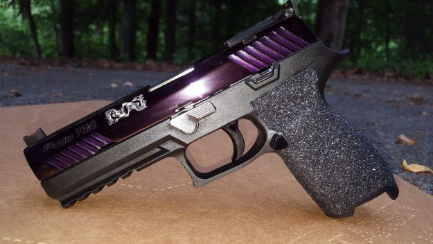 One Woman's Guide To Girl Guns | http://guncarrier.com/womans-guide-to-girl-guns/