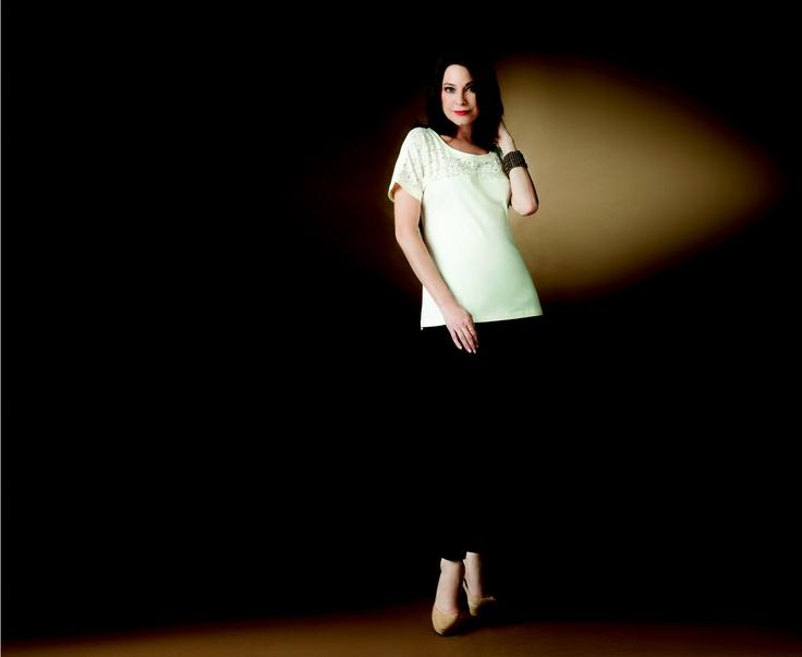 La actriz colombiana María Helena Doering fue escogida para ser la imagen de Bluss.