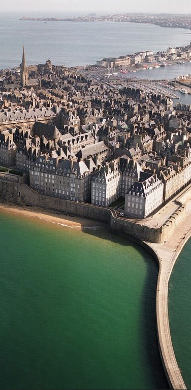 St. Malo, Bretagne, France. This is a view of Corsairs' Row - the grand homes built by St. Malo's notorious, wealthy pirates (like Justin St. Briac, our hero's brother).