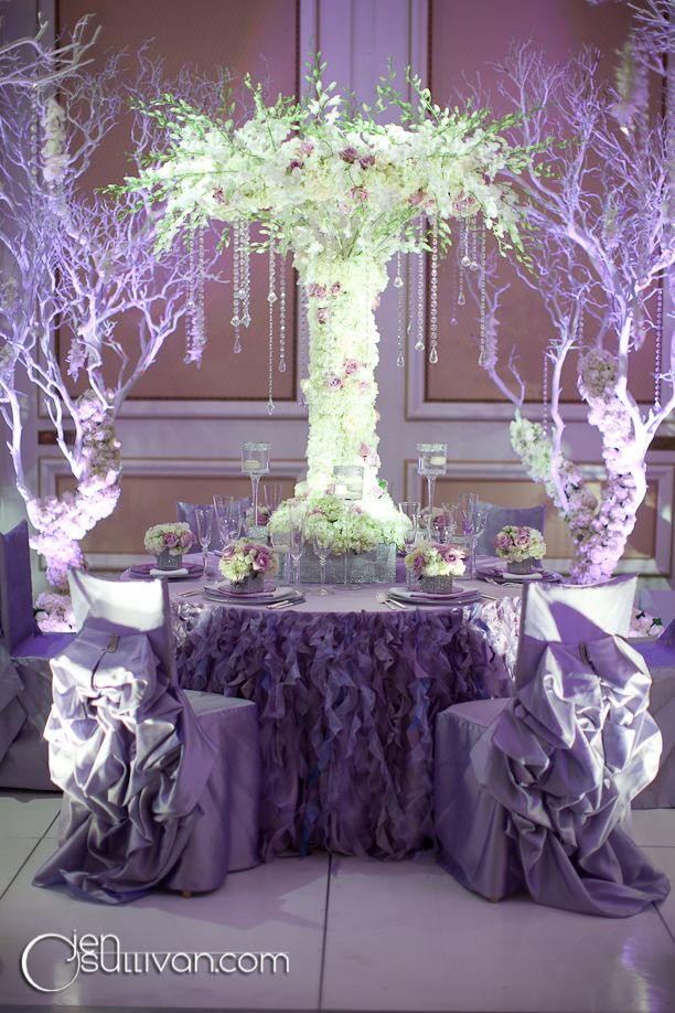 Umbrella shape centerpiece by Butterfly Floral
