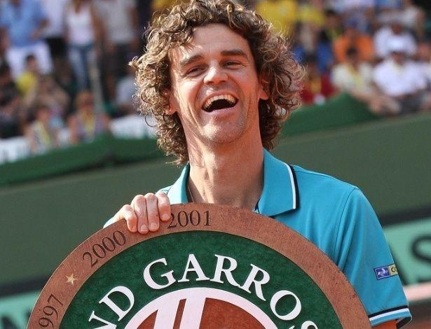 Único brasileiro na lista, Gustavo Kuerten é o 16º jogador mais vencedor de Grand Slam da Era Profissional do tênis, com três taças