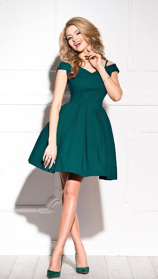 1dcb5a1f2e Rozkloszowana sukienka z opadającymi ramiączkami Szmaragdowa SHE24 ...