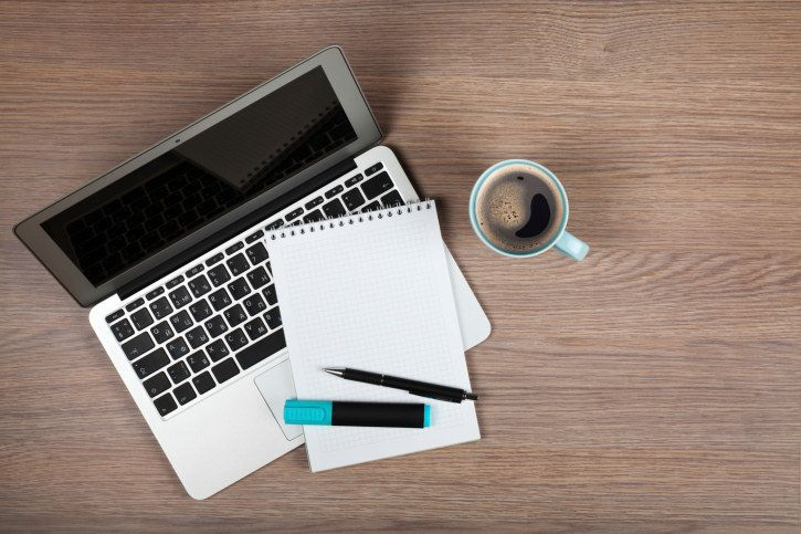 <b>Whether you have a blog, have always wanted to start one, or are one of the greats, these tips will keep your content exciting, your design fresh, and your readers coming back hungry for more.</b> Like J-Law at her favorite pizzeria.