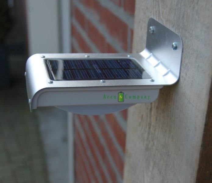Buitenlamp zonne energie € 19.95 incl BTW