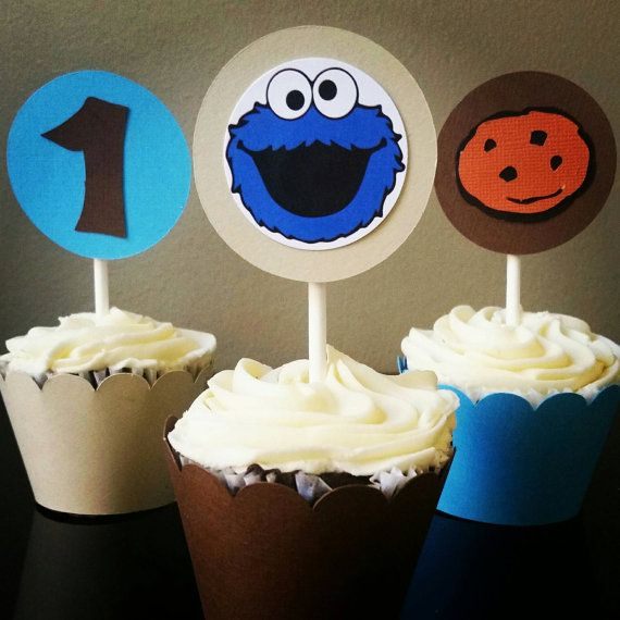 Cookie Monster Cupcake Toppers, Cookie monster cupcakes decoration, Cookie Monster Birthday  Hey, I found this really awesome Etsy listing at https://www.etsy.com/listing/463225194/cookie-monster-cupcake-toppers-wrappers