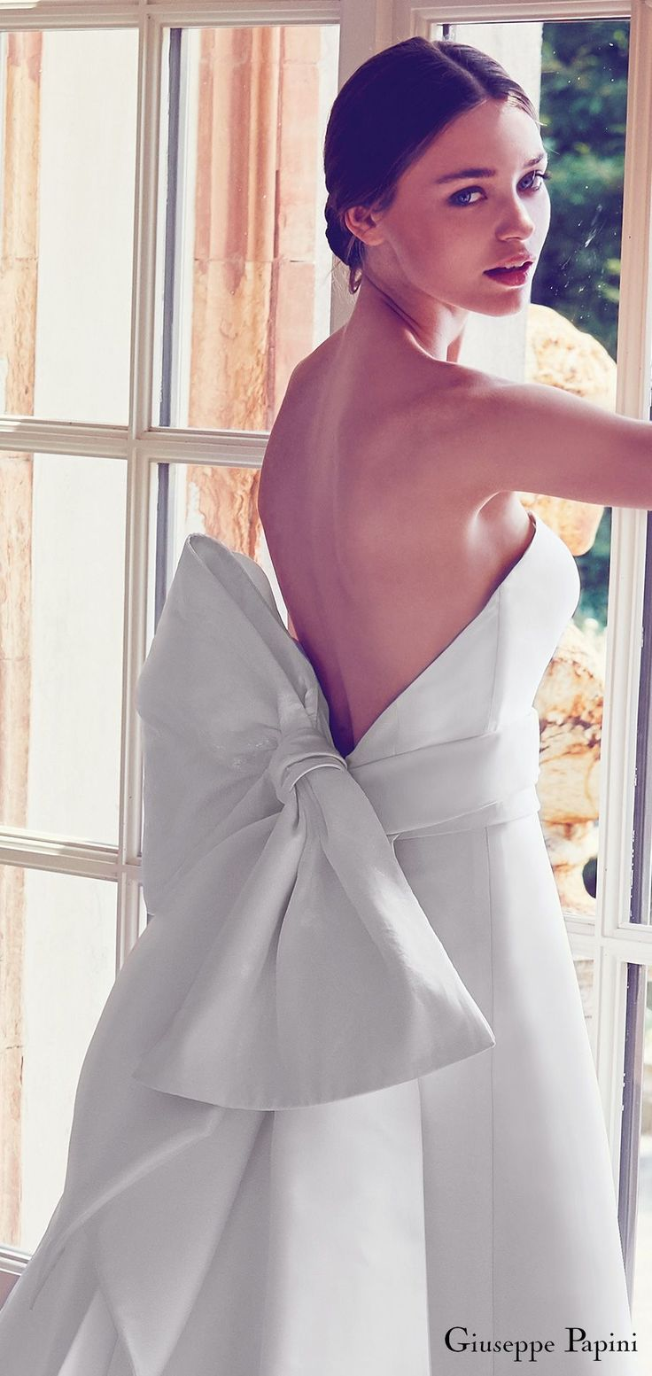 giuseppe papini 2017 (porto venere) strapless minimally embellished a line wedding dress large bow low back zv