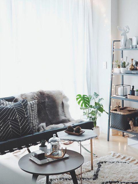Perfect Living Room: Estante E Sofá Preto + Manta De Pelinhos + Almofadas  Pu0026B + Part 97