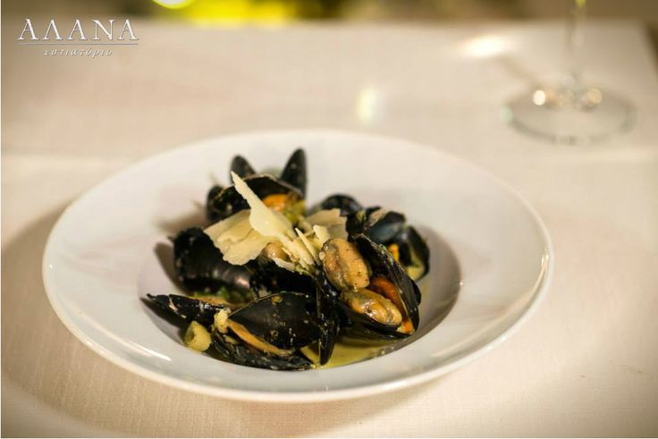 Mussels with basil pesto and grated parmesan! #AlanaMenu #AlanaRestaurant