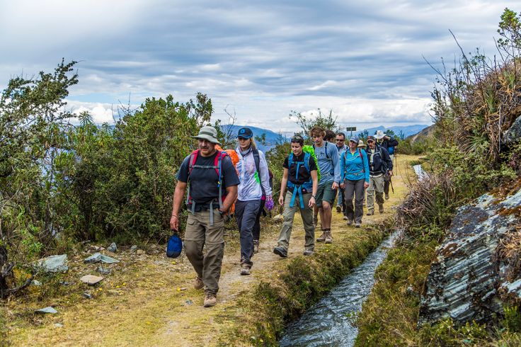Hiking towards our first Lodge at Soray Pampa @experiencemlp