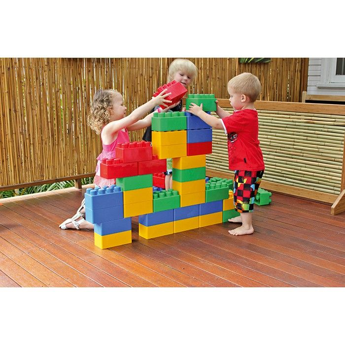 Gigantic construction blocks in 4 bright colours! Ideal for gross motor activities. Each brick measures 10 H x 9.5 W x 19cm L.