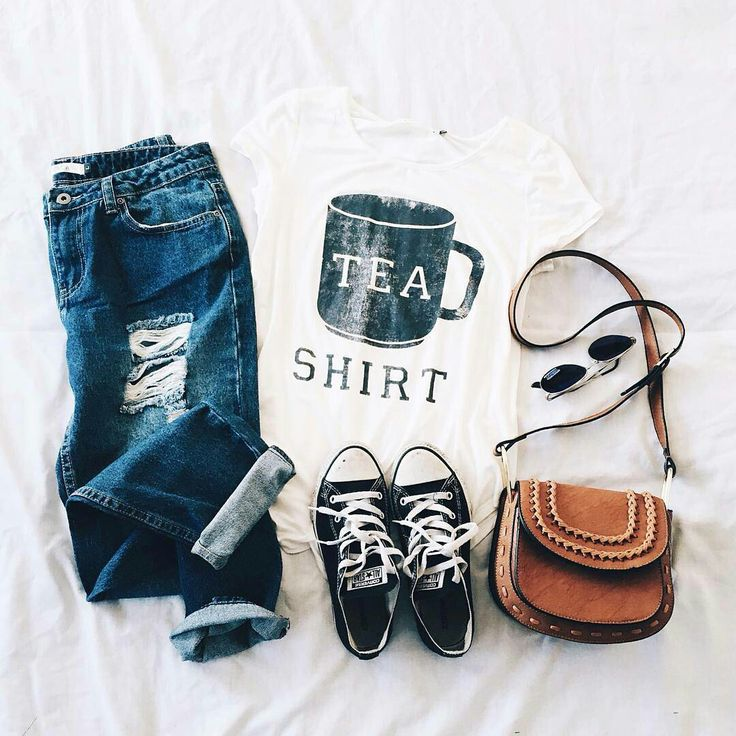 "Love this outfit of distressed ankle jeans, ""Tea""-shirt, converse & accessories"