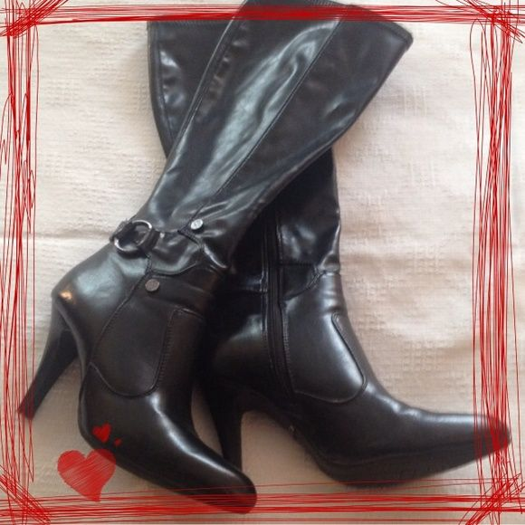 Dana Buchman Patent Leather Boots!! Size 6! Very gently used black patent leather Dane Buchman boots! Condition of the boots is near perfect. There is one small nick on the heel of the left boot. Check out last pick to see nick. I am reposhing due to tendinitis in my right foot. Just to painful if the heel is much higher then an inch or two. I'd rate them an 8 out of 10. Additional pics available. Reasonable offers considered. Feel free to ask any questions u may have!! Dana Buchman Shoes…