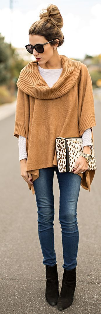 Fall Fashion 2014. Gorgeous camel knit cape and oversized clutch. ::M::