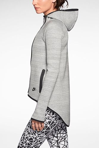 nike hoodie. very cool. A Fashion Person's Guide To Fashion-Person Activewear #refinery29                                                                                                                                                                                 Más