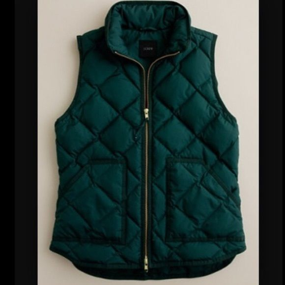 DISO JCrew puffer vest Looking for this exact jcrew vest, in hunter green/Forrest green. I would need a small or extra small. Willing to pay full price on poshmark ($120) if nwt or up to $90 for used. Please help! Thank you! J. Crew Jackets & Coats Vests