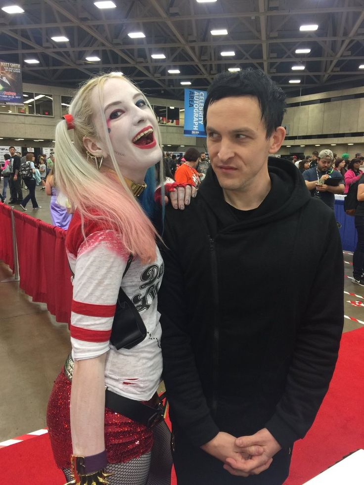 Robin Lord Taylor, his face XD