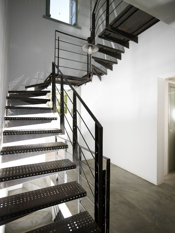 Staircase in Hydra designed by Zoumboulakis Architects photo by V. Paterakis
