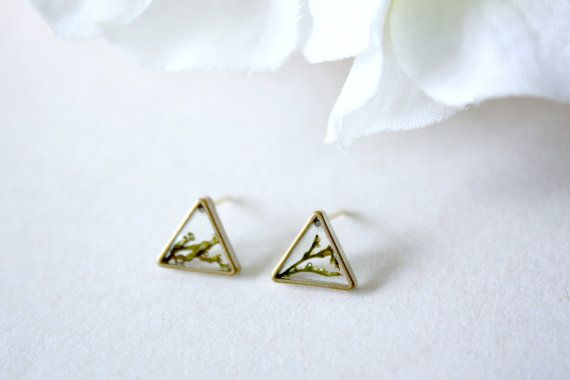 ALOTSS - -----------------------------------------------------------------------  - E A R R I N G -  Size: 9mm (Equilateral Triangles)  Materials: Resin