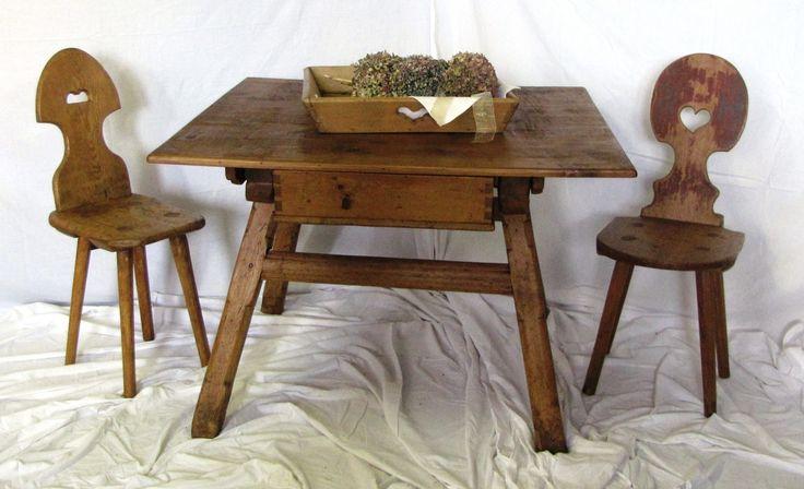 Tavolo da cucina -provenienza Val Pusteria | Antichità Evelina - Vendita mobili antichi tirolesi