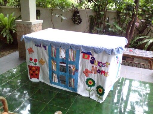 Table cloth for childrens play