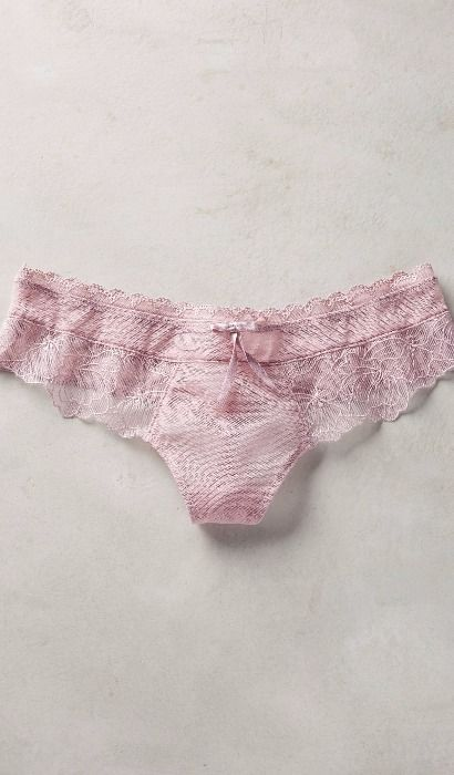 Triumph Scalloped Lace Hipsters