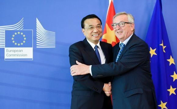 Juncker and Li Keqiang  at the EU-China Summit on 29 June 2015. Source:  www.businessgreen.com