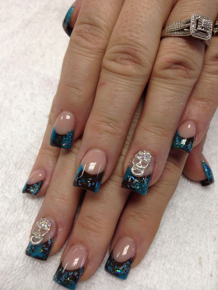 Acrylic Nails With Skull
