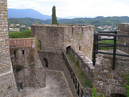 Gorizia Castle, locally known as Castello di Gorizia, lies in the bordertown of the same name in the Friuli-Venezia Giulia region in Italy.