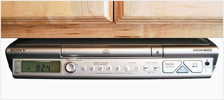 644 Under Cabinet Kitchen Radios Ideas