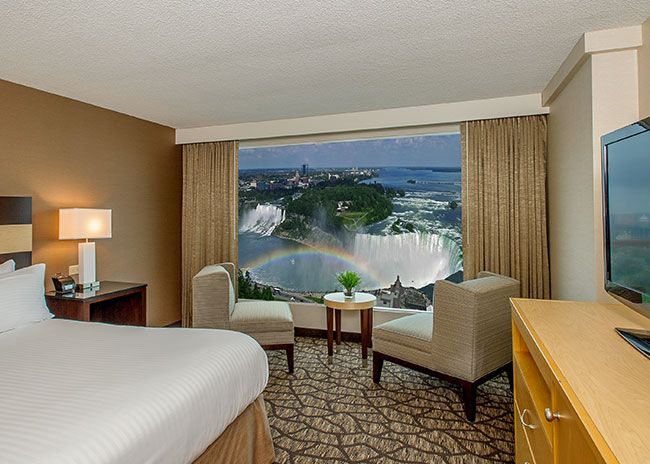 Embassy Suites by Hilton Niagara Falls Fallsview - Jr. Presidential - Whirlpool - Canadian & US Fallsview Suite - 28th - 36th Floor