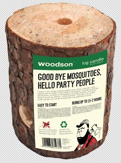 STAND 434 : Woodson log candle met anti muggen wax.