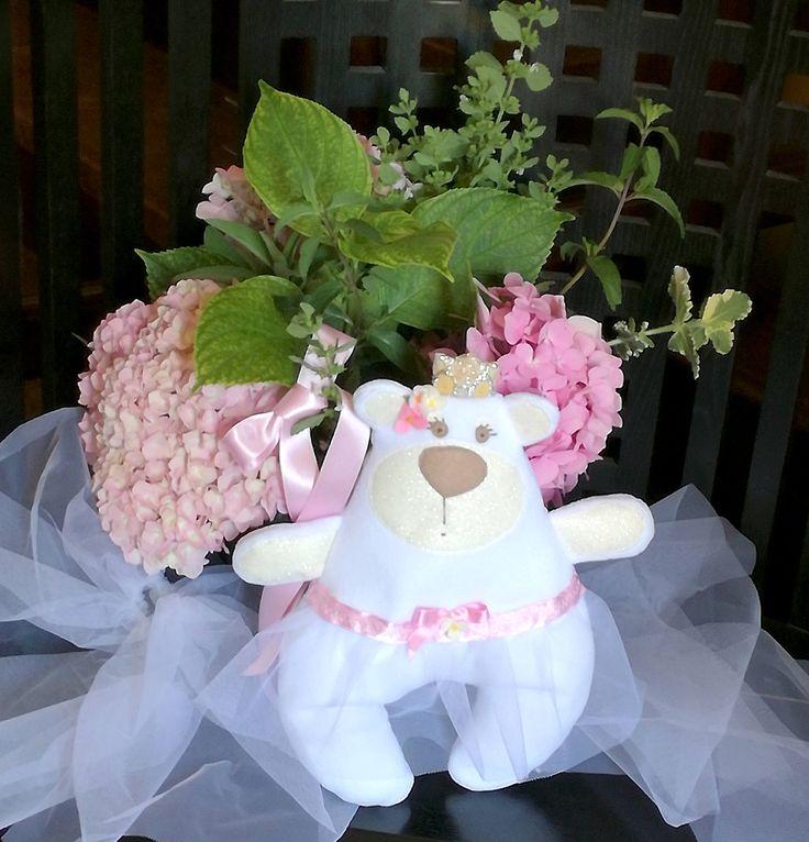 Orsetta Principessa Ballerina,  orsacchiotta in pile bianco imbottito, tutù in tulle e fiori in pannolenci, regalo di inizio scuola materna di PABUITA su Etsy