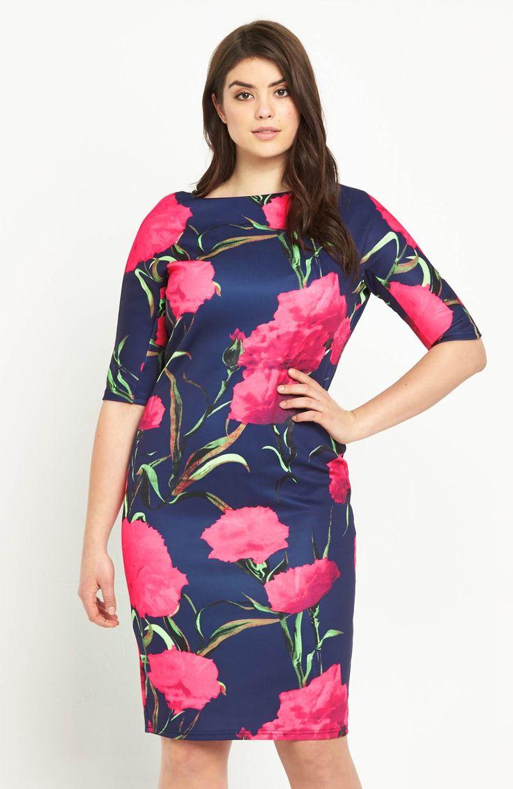 Piękna sukienka z modnym wzorem w kwiaty. Idelana na wesele i przyjęcie! Dostępna od roz.42 do roz.54, 359 zł na http://www.halens.pl/moda-damska-rozmiary-specjalne-na-gore-5828/sukienka-576530?imageId=398532&variantId=576530-0022