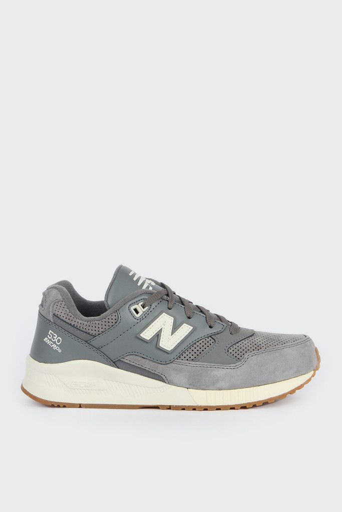 New Balance Womens Redwood 530