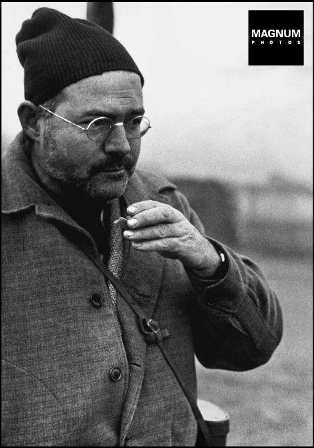 Teruel.  Ernest HEMINGWAY while visiting the front lines. December 1937//Robert Capa