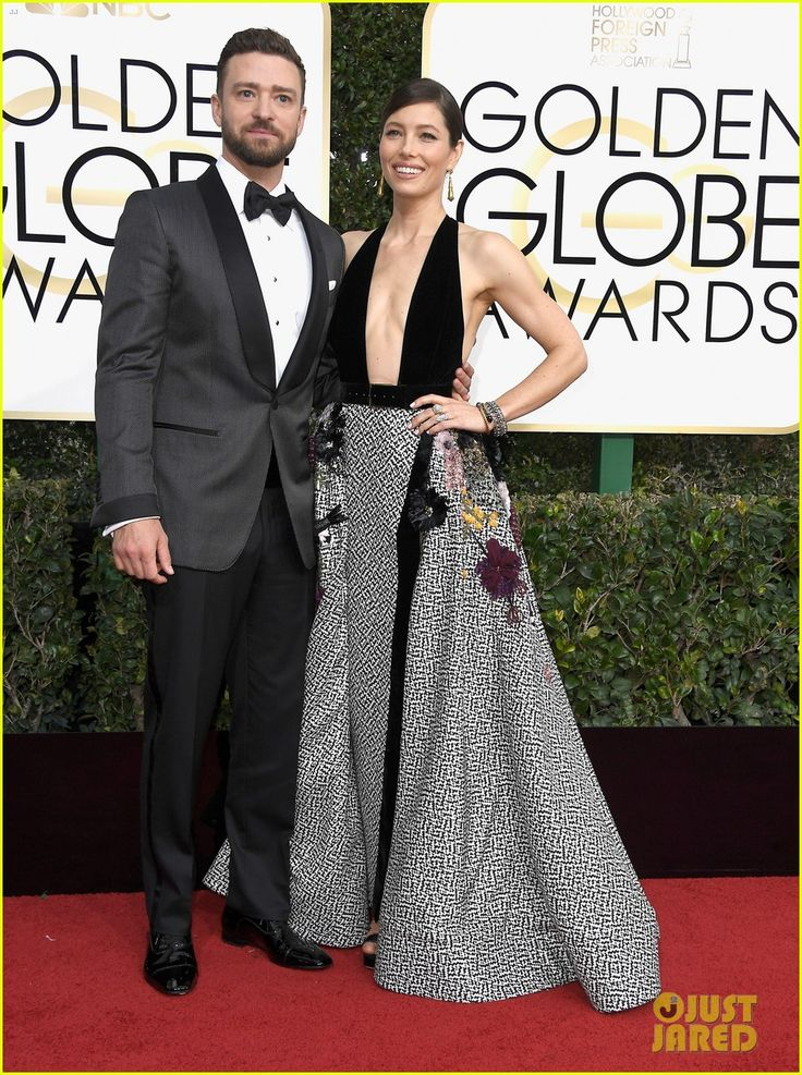 Justin Timberlake & Jessica Biel Look So in Love at Golden Globes 2017!